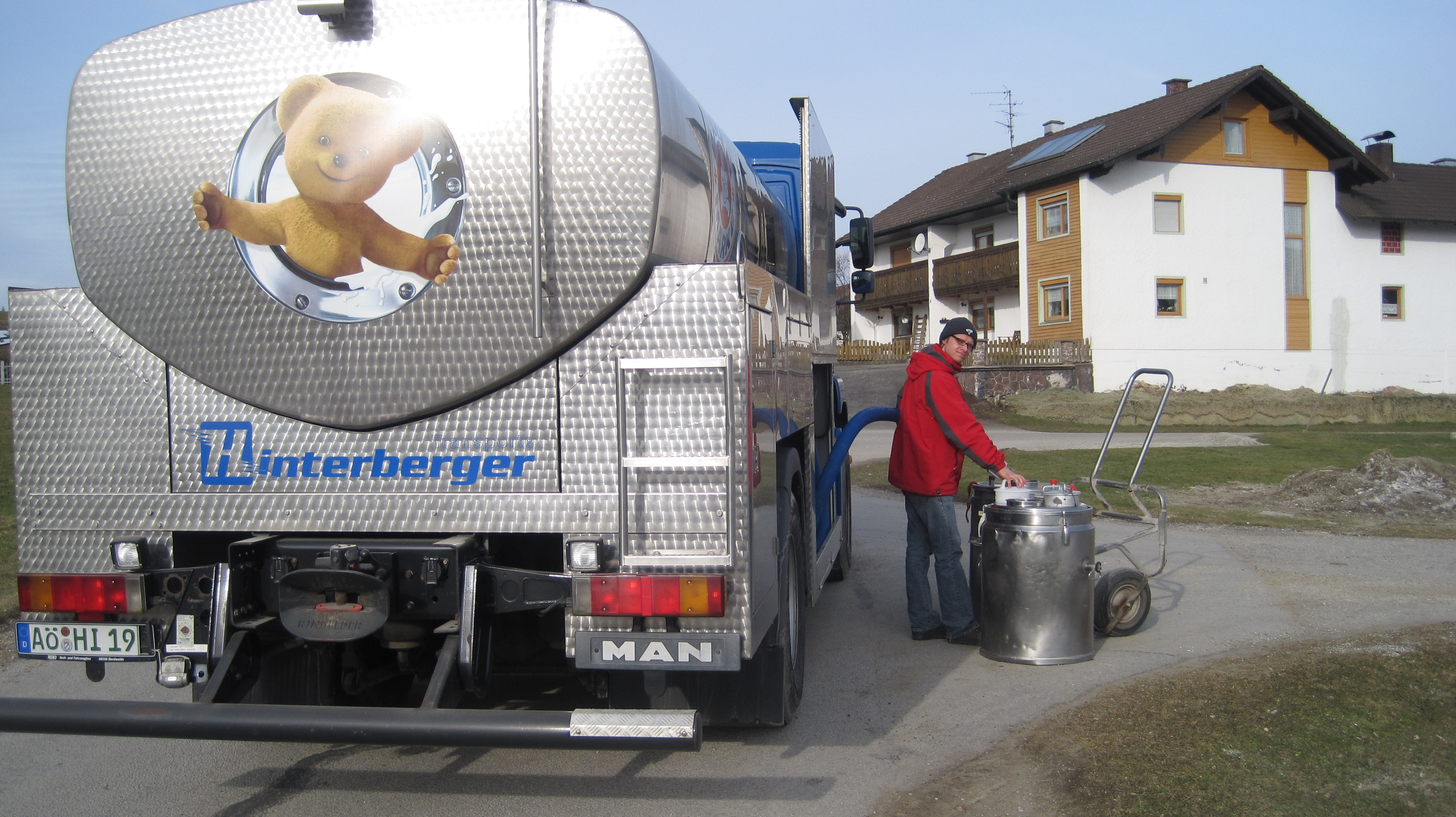 Milchtransporte (2)